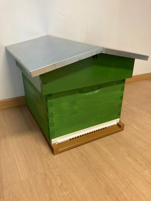 vente ruche oxyde vert toit chalet