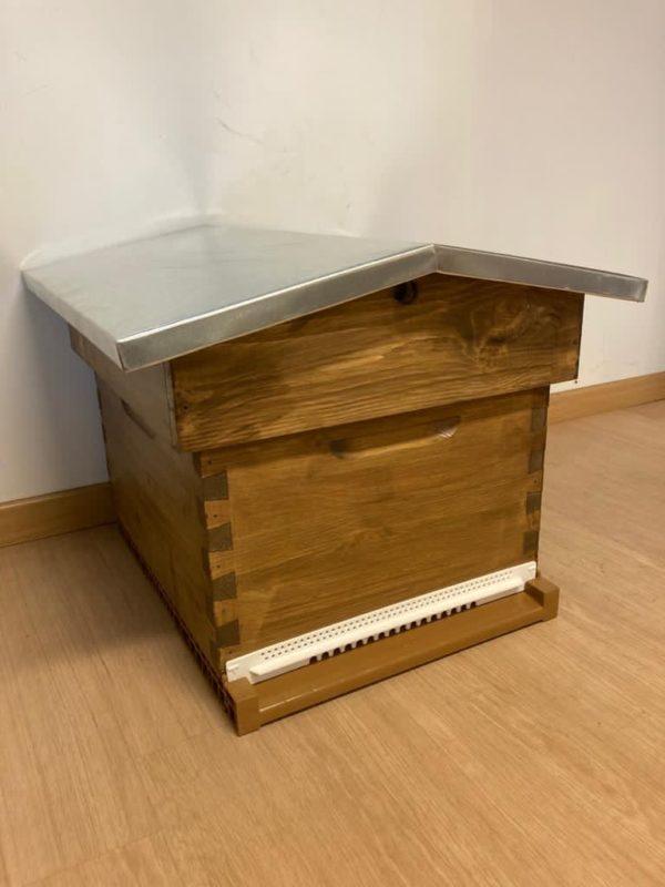 vente ruche naturelle toit chalet savebee